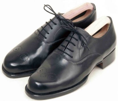 Austere Oxfords traced pattern on toe pair