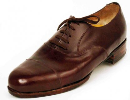 Austere Oxfords with straight caps leather soles and heels