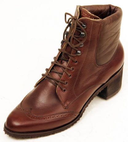 9-hole-derby-boot-rubber-cuban-heel