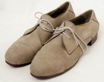 made-to-measure soft lace up shoes
