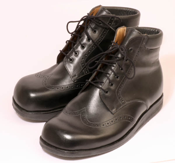 cf8deb97e29c Bespoke shoes for leg length differences - Bill Bird Shoes