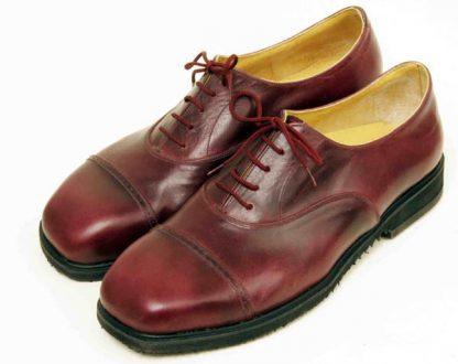Austere Oxfords with straight caps fine punching pair