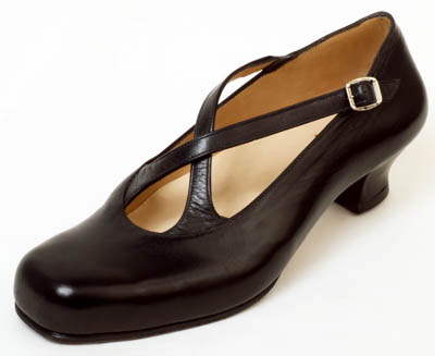 Black criss-cross strap shoe for bunion and splay foot