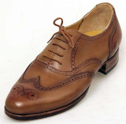 Tan Oxford Brogues with wing caps and counters