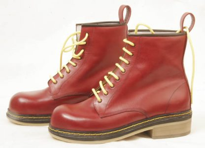men's or women's boots red