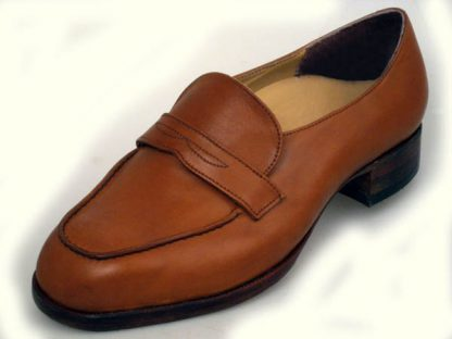 ight tan bespoke slip-on shoe