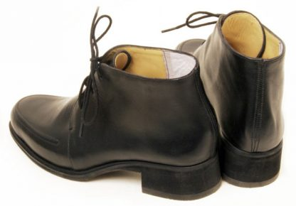 3-hole-derby-boots-rope-seam-aprons-back