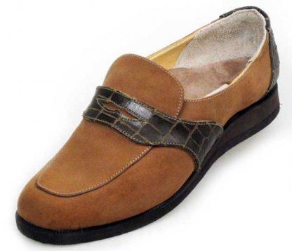 Elastic on instep laid on apron contast band wedge heels