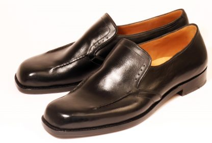 handmade black elastic on instep dress shoes with stitch and brogue detail for swollen toe joints