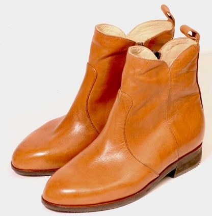 Tan calf ankle boots for young woman pair